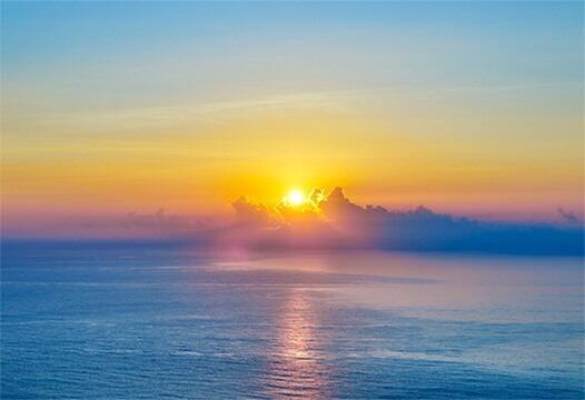 太平洋晨曦日出